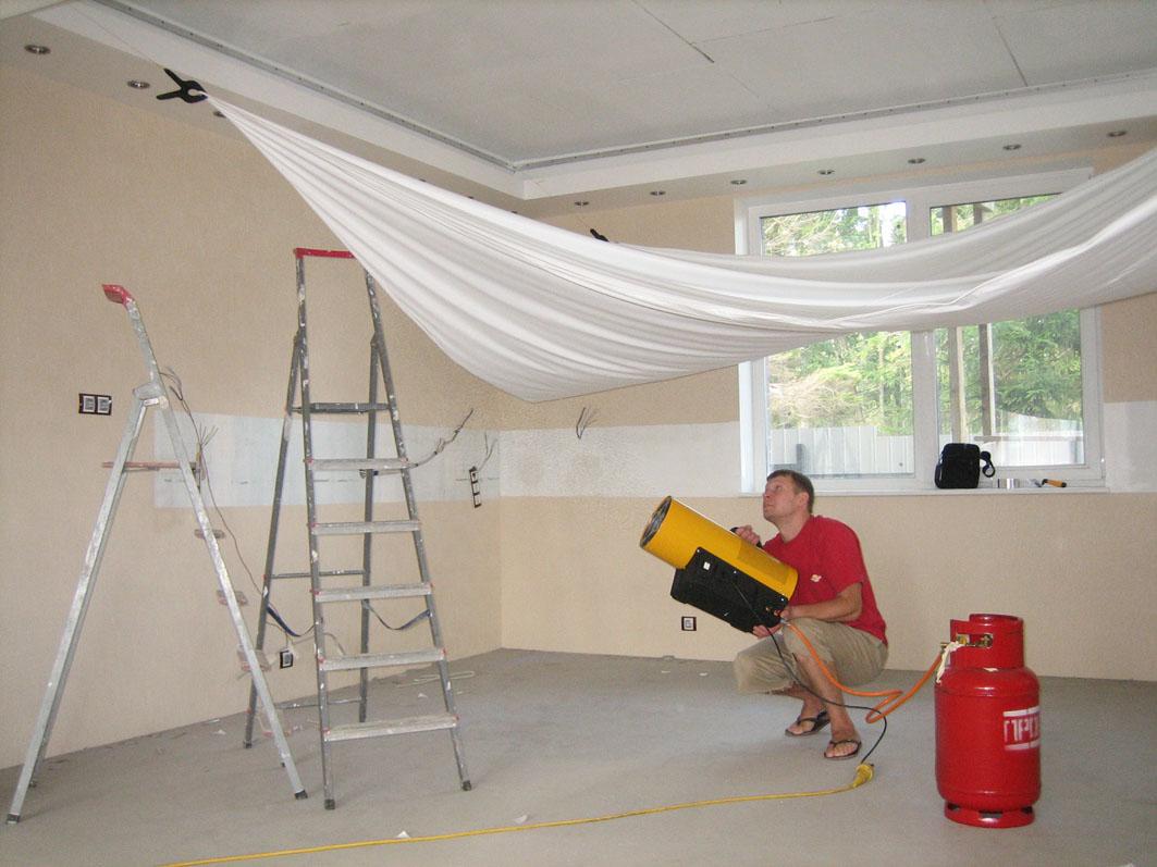 Натяжные потолки быстро решают косметические проблемы с потолками