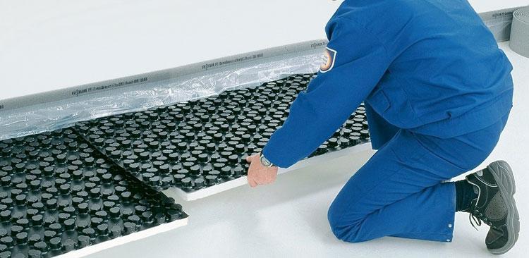 Монтаж подложки под водяной пол