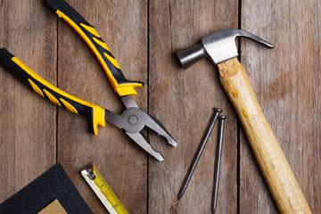 Инструменты для работ по укладке пола