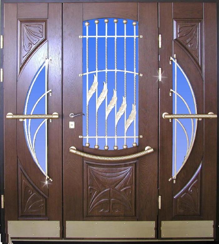 Металлическая дверь с декором