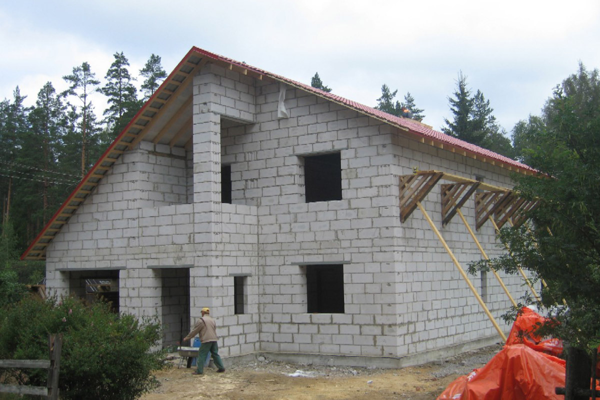 Строим дом газобетон своими руками