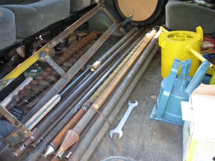 Инструменты и материалы для строительства абиссинского колодца