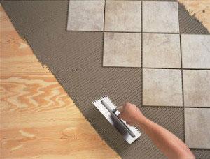 Работы по укладке плитки на деревянное основание